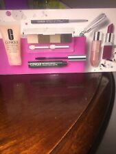 Clinique Merry & Bright Make Up Gift Set