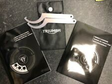 T3855535-EN GENUINE TRIUMPH THRUXTON R SERVICE BOOK AND OWNERS MANUAL
