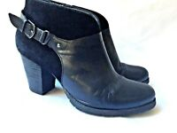 CLARKS Artisan Ankle Boots Women's Size 8 Black Leather Suede Zipper Buckle