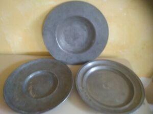 LOT 3 GRANDS PLATS ROND & CARDINAL EN ETAIN ANCIEN ZINN PEWTER POINCON LYS ANGE