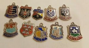 99p No Reserve 10 VINTAGE STERLING SILVER & ENAMEL TRAVEL BRACELET CHARMS FILEY
