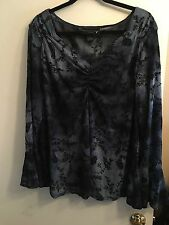 VENEZIA Plus Sz 22/24 Deep Navy Blue Sheer Bell Sleeve Vneck Top Blouse