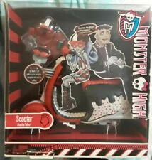 Monster High Ghoulia Yelps Doll SCOOTER Bike Motor Cycle 2 Helmets & Cup PLAYSET