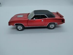 Road Champs Collectable Mopar Muscle Red 1970 Hemi Cuda car. 1:43 Scale used.