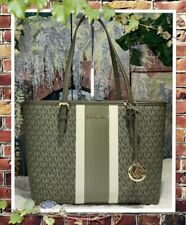 NWT MICHAEL KORS JET SET TRAVEL MEDIUM Carryall TOTE In IVY MULTI MK PVC Leather