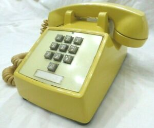 Rare 1967 10 Button Western Electric Yellow 1500 touch tone Working Telephone