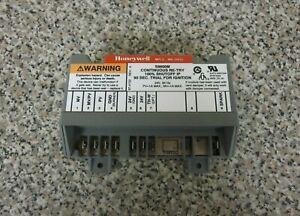 Honeywell S8600M1005 HQ1005651HW 1005651 Furnace Ignition Control Board Module