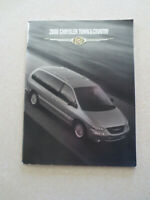 2000 Chrysler Town & Country automobile advertising booklet --