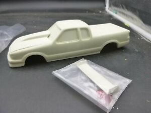 COMPETITION RESINS CR-5001 '98-00 Chevy S-10 Pro Stock Truck Resin Body 1/24 McM