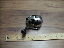 Shakespeare Synstb6 Synergy Steel Fishing Reel , needs cleaning, Handle Stiff