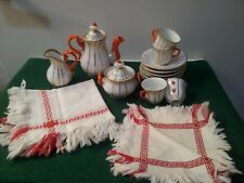 ANTIQUE GERMAN DOLL TEA SET / TABLECLOTH & 4 NAPKINS