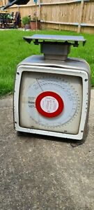 Vintage Avery 4B Post Office Weighing Scales