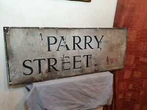 Genuine Big Vintage Vitreous Porcelain Enamel 1940s/50s London Parry Street Sign