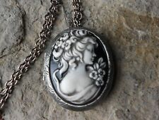 *VICTORIAN WOMAN PORTRAIT (HAND PAINTED) CAMEO ANTIQUED SILVER PLATED LOCKET