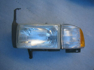 Dodge Pickup RAM R1500 Headlight Front Lamp Factory OEM LH 1998 1999 2000 2001