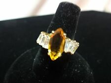 YELLOW/TOPAZ MARQUE CUT CRYSTAL GOLD TONE RING W/BAGGETTE ACCENTS NEW SIZE 5.25