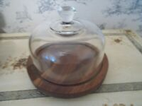Wood Base w/ Groove Clear Glass Cheese Dome Cover Cloche Dish Tray ~ Never Used