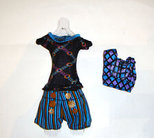 Monster High Outfit/Short Pants, Top For Monster High Dolls mh022