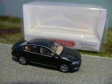 1/87 Wiking VW Passat B7 Limousine schwarz 0087 02