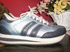 SKECHERS active wedge shoe metallic look blue,white,gray 8M excellent w/flaw