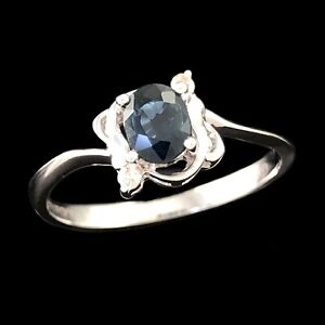 ELEGANT Solid 18K 750 White Gold Oval Cut Natural Blue Sapphire & Diamond Ring