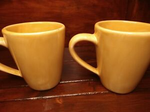 "Pottery Barn Sausalito Large Coffee Mug Mustard Yellow Amber 5"" set of 2"
