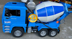 Bruder 02744 Man Cement Mixer Realistic Contruction Truck for Pretend Play