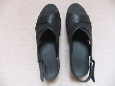 Ladies Clarks Cloudsteppers Black shoes size 5