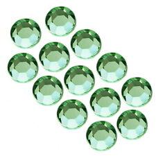 Strasssteine Glas ss3 MINI ca 1,35 mm Nailart  Kristalle 100 stück Peridot