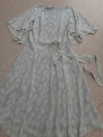 Vintage Laura Ashley Floaty Tea Dress Dress  UK 8 (EU 14 US 4)