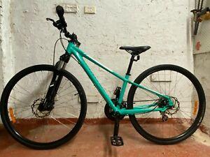 Specialized Ariel Hybrid bike 21 speed excellent condition