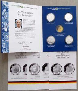 Set / Mappe: vier 10 Euro Gedenk-Münzen FIFA WM 2006 in Kapseln mit Zertifikaten