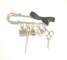 ThreAd ThiMble SciSsoRs BlaCk BoW SeWiNg BuTtoNs ChaRm PiN BrooCh NeeDle
