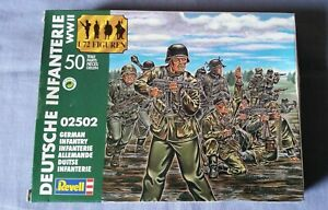 REVELL - WWII -  GERMAN INFANTRY  - 02502 - 1/72  - factory sealed - 50 figures