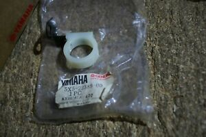 YAMAHA GENUINE YZ250 YZ250 J 82 FRONT BRAKE CABLE LOWER LEFT GUIDE 5X5-23389-01