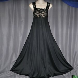 """Small """"Glydons Hollywood"""" Long nylon vintage nightgown,sweep,lace,negligee,"""