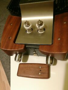 Unison Research Sr1 integrated hybrid stereo amplifier