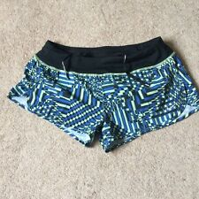 NIKE Ladies Running Shorts BNWT size Medium