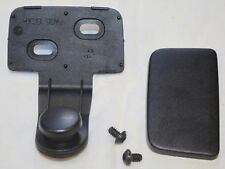 GENUINE AUDI A5 PARCEL SHELF LOAD COVER TAILGATE O/S RIGHT SIDE FIXING CLIP