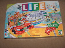 THE GAME OF LIFE  FAMILY BOARD GAME   AGES 9