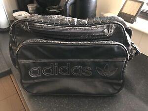 Adidas Original Vintage Messenger Bag