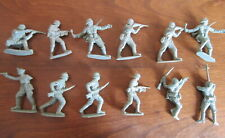 1/32 LOT 12 SOLDATS ALLEMAND WWII   AIRFIX