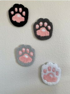 Tufted Cat Paws rug