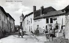 CPA 18 BELLEVILLE LA GRAND´RUE (belle animation de village