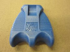 Extreme Cue Claw Pool Cue Holder Blue 2 Cues w/ FREE Shipping