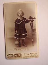 Gand - Anvers - Molenbeek - Bruxelles - stehendes Mädchen Spielzeug  CDV Belgien