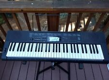 Casio CTK-3200 keyboard piano; used in good condition; case, pedal included