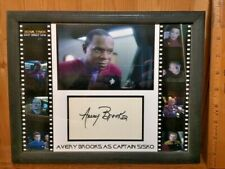 Star Trek Ds9 Avery Brooks Autograph Display