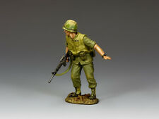 """King and Country VN044 """"Wait""""--Single Vietnam-Era USMC 1:30 Toy Soldier"""