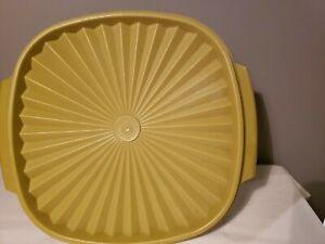 Vintage Tupperware Large Servalier Olive Greenw/ Lid 858-3
